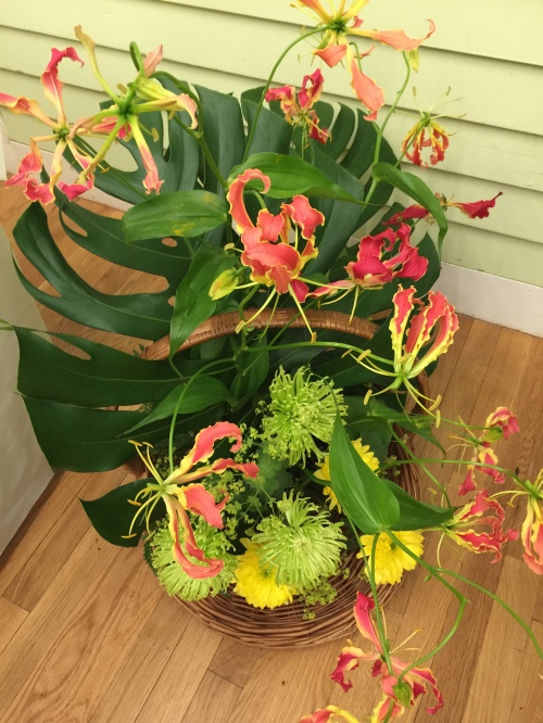 Ikebana arrangement won by Barbara Storella